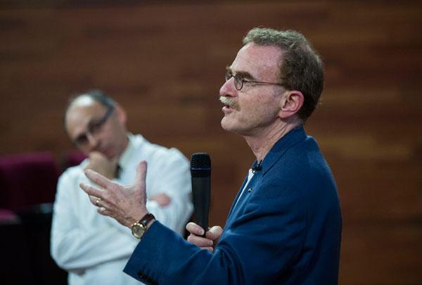 A banda de Finn Kyland, en les Trobades d'Excel·lència també han participat el premi Nobel de Medicina Randy Wayne, els premis Nobel de Química Jean-Marie Pierre Lehn i Harold Kroto i els premis Nobel de Física Frank Wilczek i Sheldon Lee Glashow.
