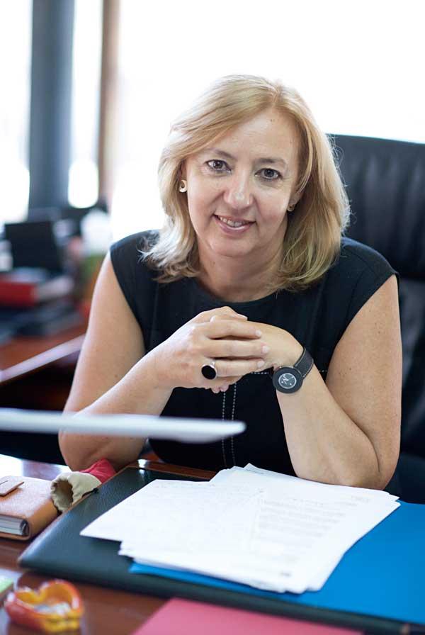 Victoria García Esteve, directora del Servei de Biblioteques i Documentació de la Universitat de València.