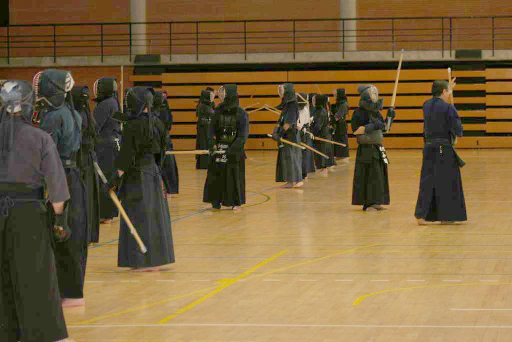 Un moment de l'Open de Kendo disputat l'any passat a la Universitat de València