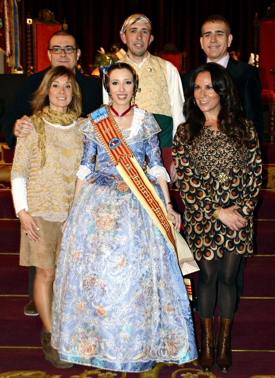 Acte dels vint-i-cinc anys de la Falla de la Universitat, amb les periodistes Amalia Garrigós i Clara Castelló (presentadores de l'acte) i l'expresident Lluís Mesa.