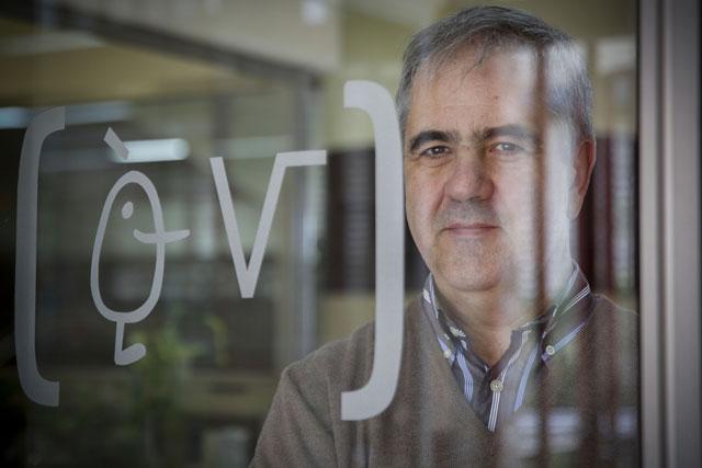 Juan Monterde és catedràtic del Departament de Geometria i Topologia.