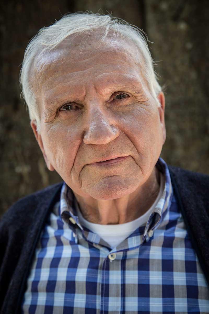 Manuel Costa va començar la seua trajectòria docent a la Universitat de València l'any 1973. Hui treballa al Jardí Botànic, del qual va ser director. Foto: Miguel Lorenzo.
