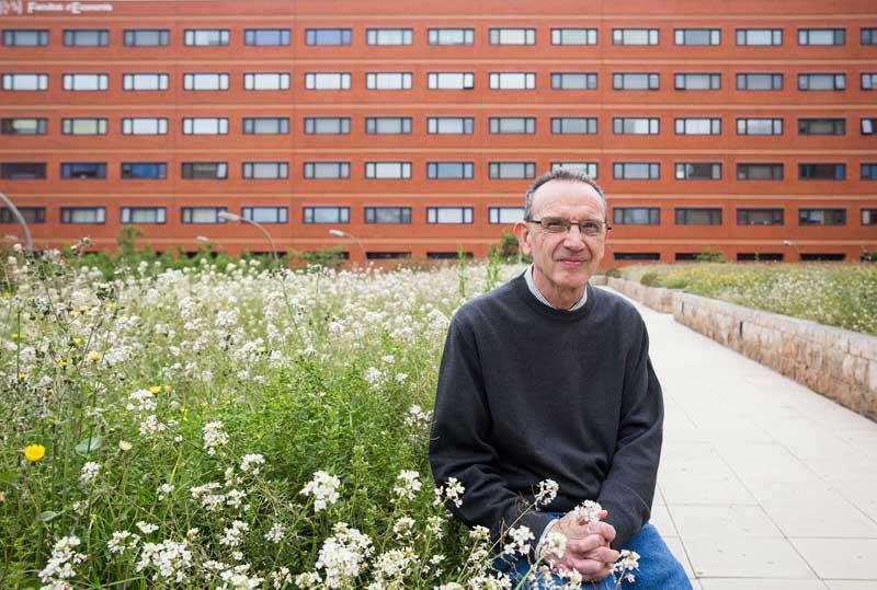 . Josep Maria Jordan Galduf, autor del llibre Oficio y compromiso cívico. Memorias de un profesor universitario (1973-2015). Foto: Miguel Lorenzo.