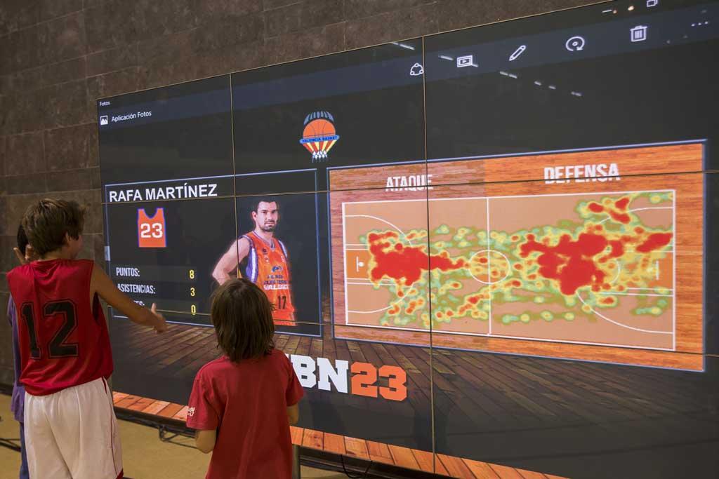 El partit de bàsquet de pretemporada entre el València Basket Club i l'ICL Manresa, on s'ha provat l'eina d'anàlisi en temps real de dades sobre rendiment esportiu.