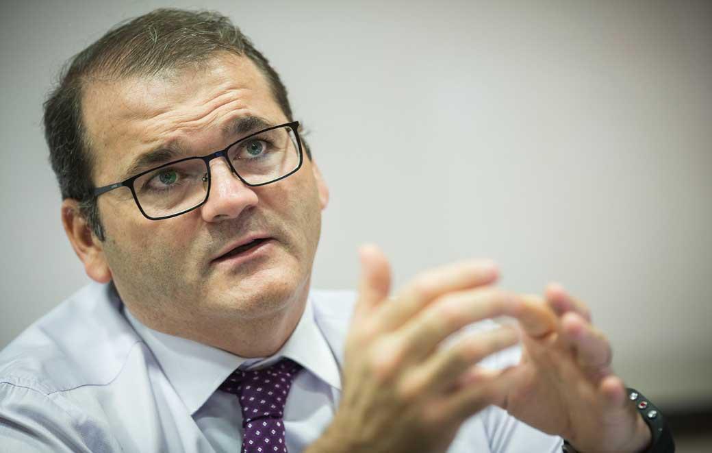 José Manuel Pastor va ser elegit amb 37 vots a favor i 6 en blanc de la Junta de Facultat.