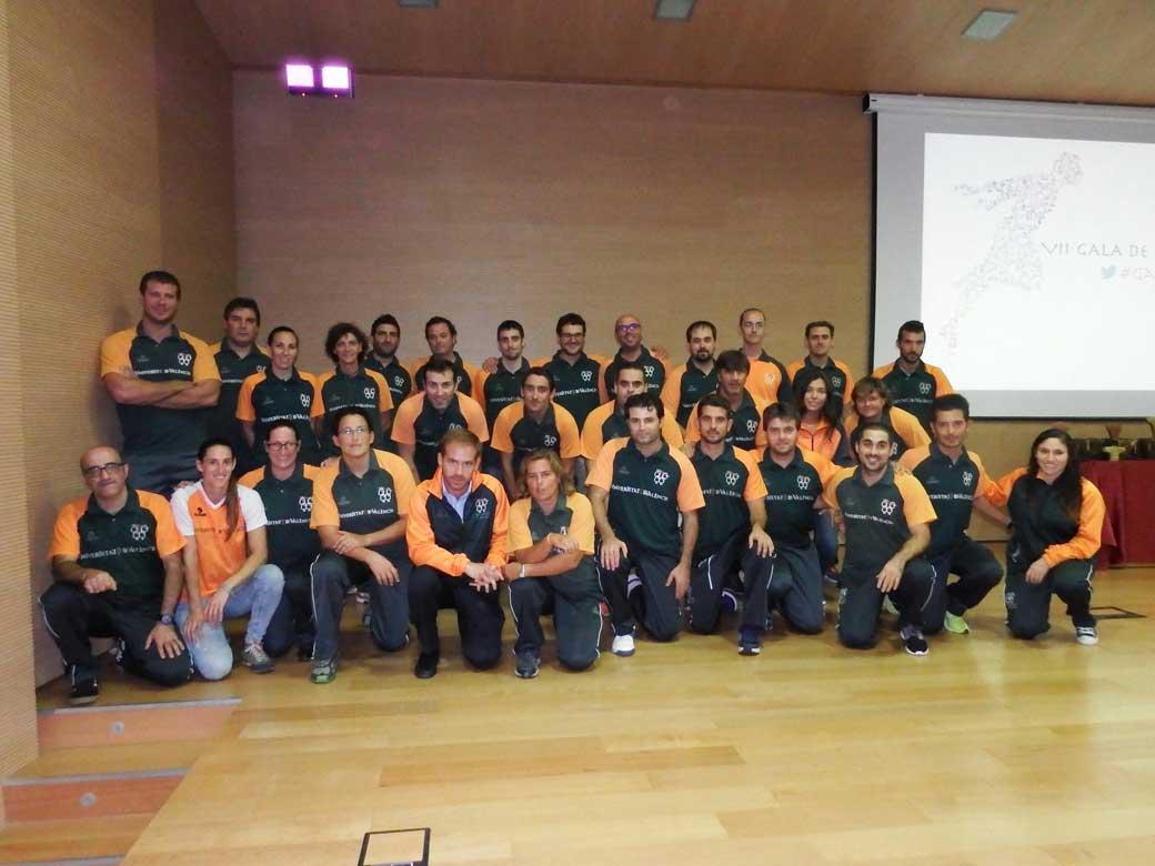 Entrenadors dels equips esportius de la Universitat de València.