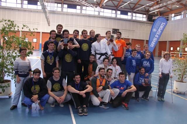 Judokes de la Universitat de València. La selecció de la Universitat té un bon nivell de competició, ja que tots els judokes han obtingut primers llocs en el medaller nacional.