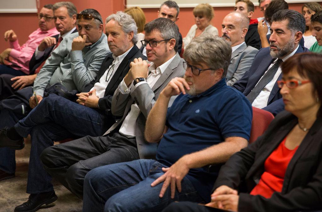 Públic assistent al col·loqui sobre la Ruta de la Seda que va acollir la Universitat de València