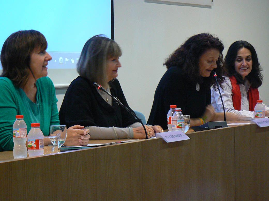 Un moment del debat durant la jornada sobre les sufragistes.
