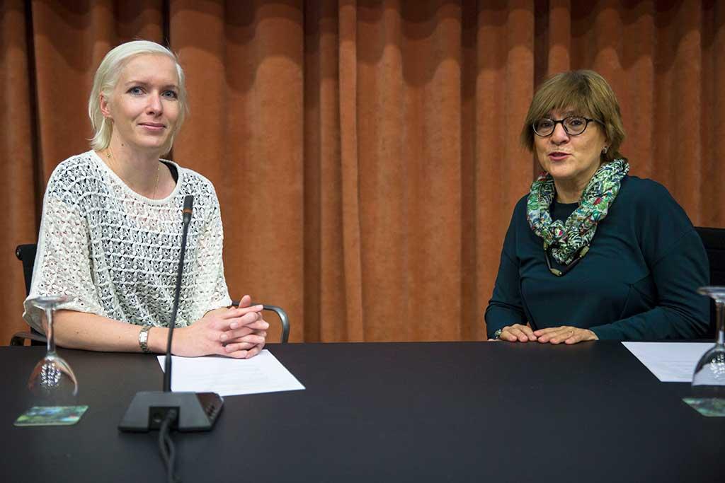 Capìtolina Diaz (a l'esquerra) amb Thamar Hejstraj, de l'Universitat d'Islàndia.