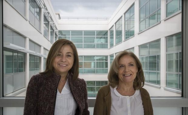 Maria Eugenia Gonzalez y Rosario Fernandez y Coronado.